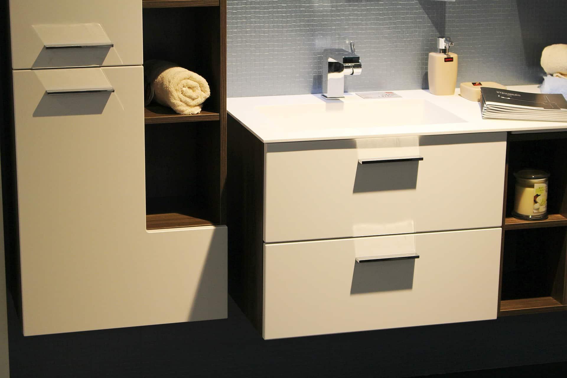 k che wasserhahn bei lidl ikea k che schublade l sen asiatische rezepte einfach spritzschutz. Black Bedroom Furniture Sets. Home Design Ideas