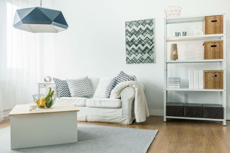 Wohnzimmer mit Pendellampe