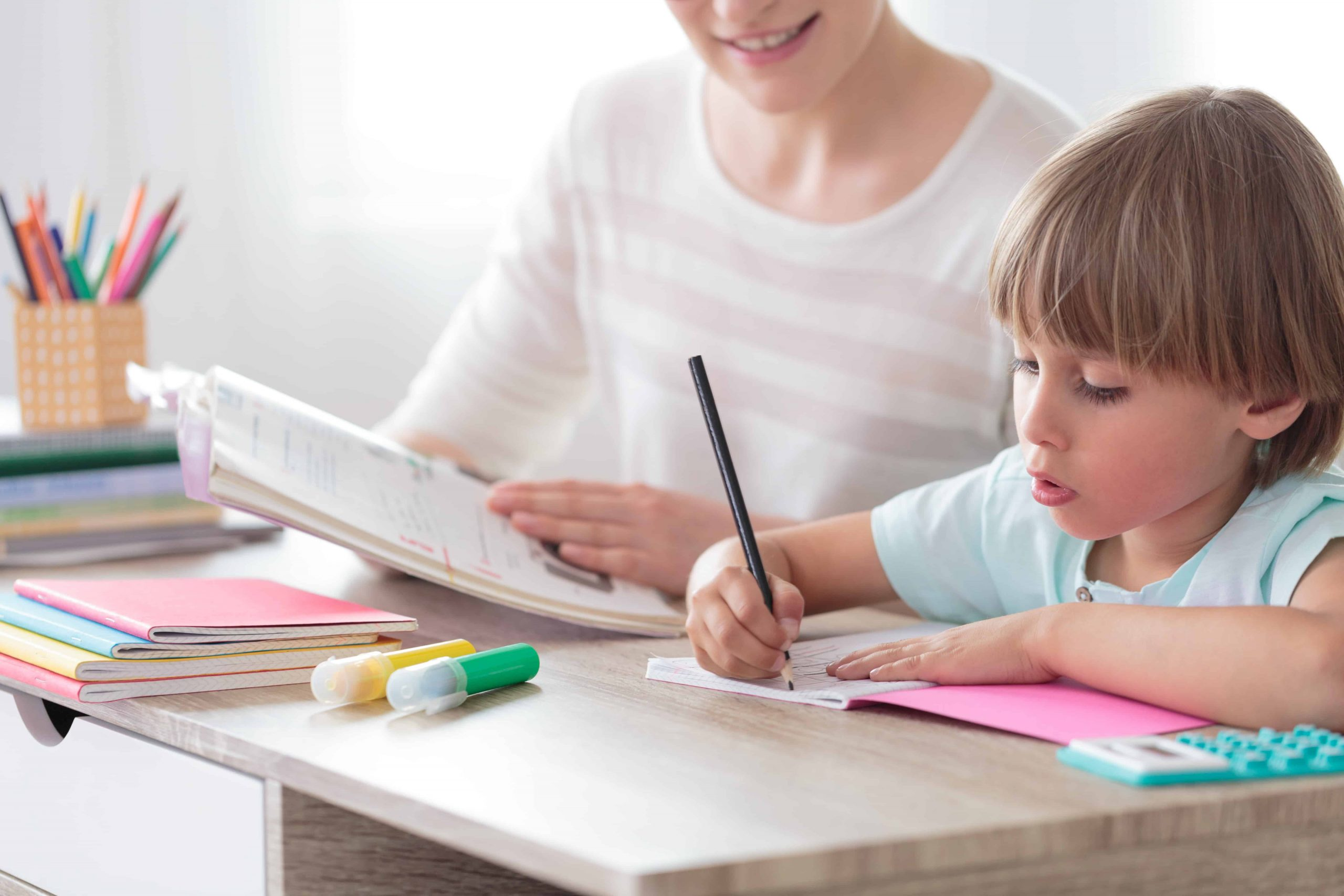 Kinderschreibtisch: Test & Empfehlungen (04/21)