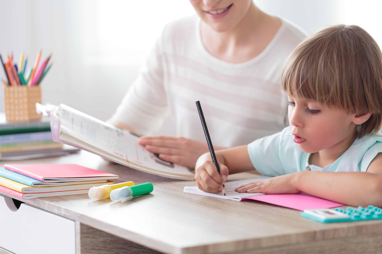 Kinderschreibtisch: Test & Empfehlungen (01/20)