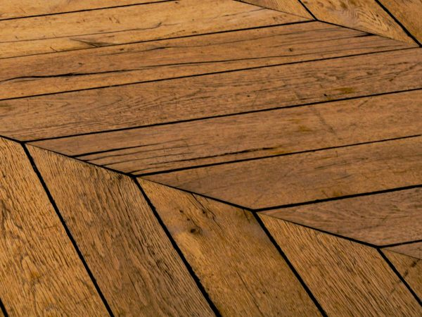 Parkett reinigen: So glänzt dein Boden wieder
