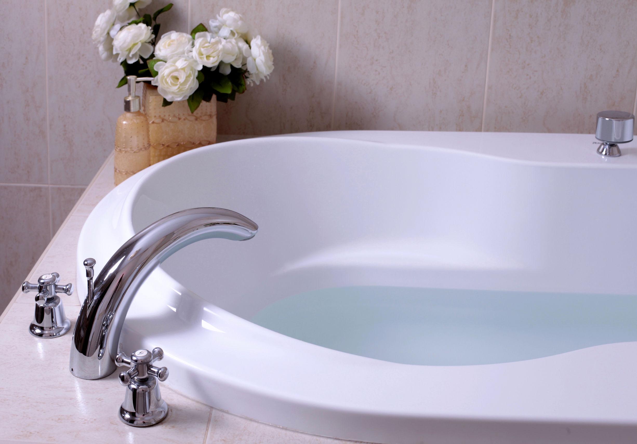 Badewannenarmatur Test & Empfehlungen 20/20   EINRICHTUNGSRADAR