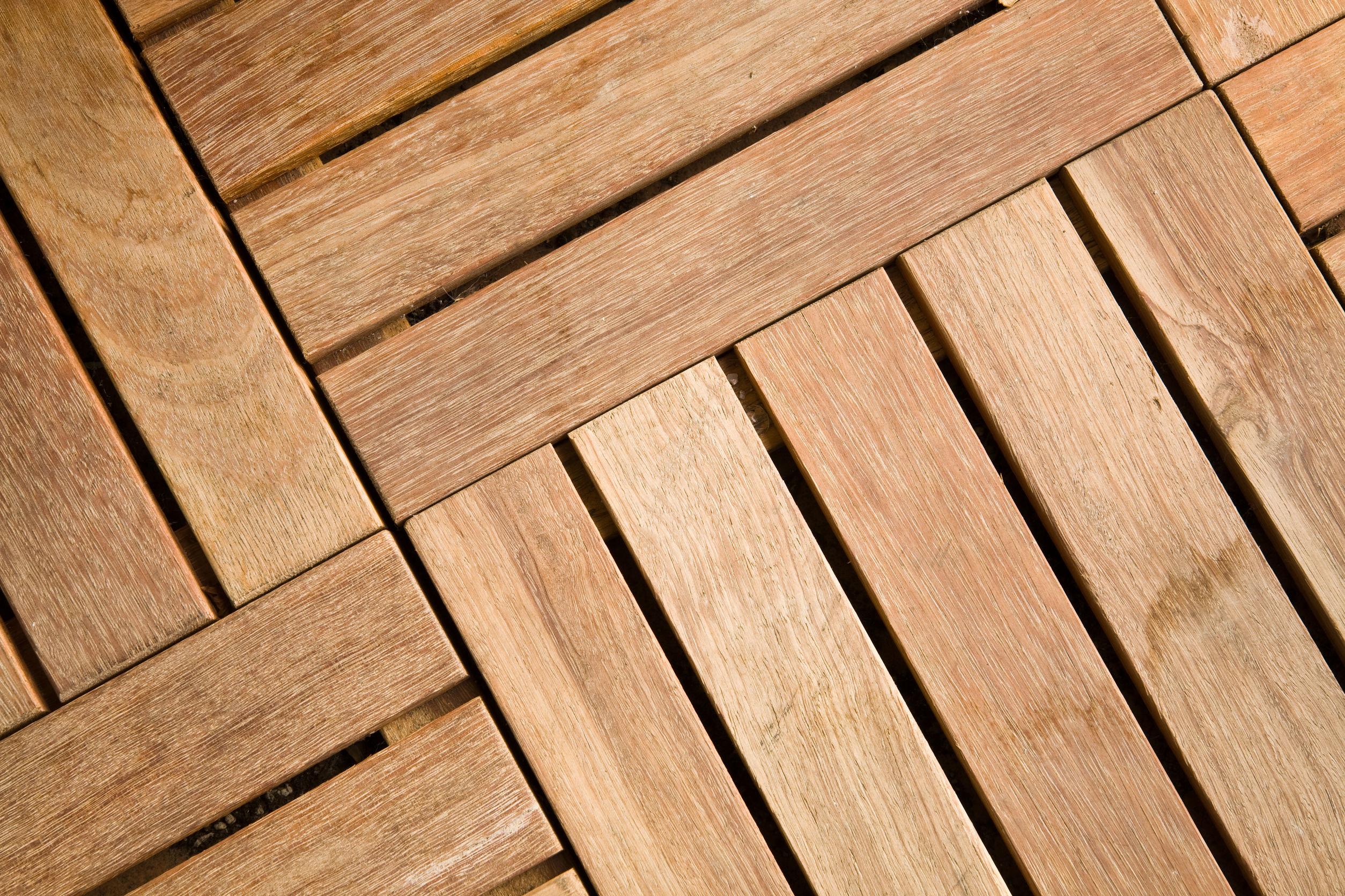 Fliesen aus Holz