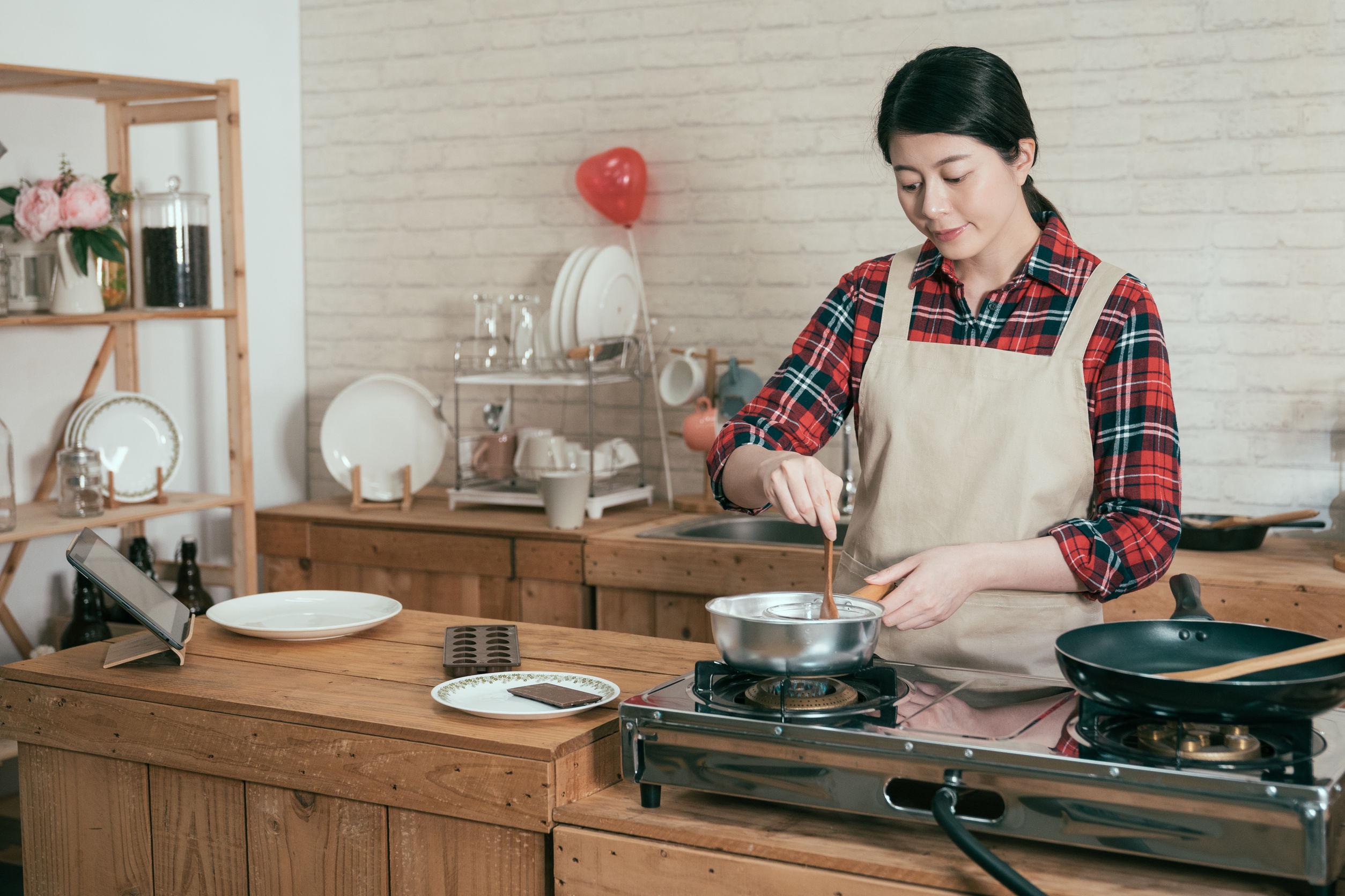 Küchenradio mit Unterbau