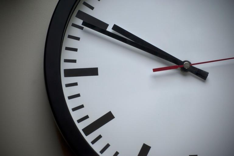 close-up von einer Uhr